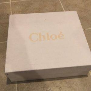 Chloe box